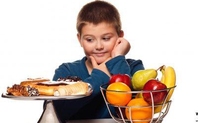 El consumo excesivo durante la infancia de alimentos procesados y azúcares un gran factor de riesgo de enfermedades crónicas